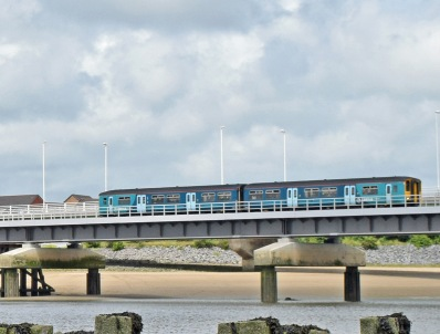 27-6-15 Loughor 150 2V38 0900 Shrewsbury - Swansea.jpg